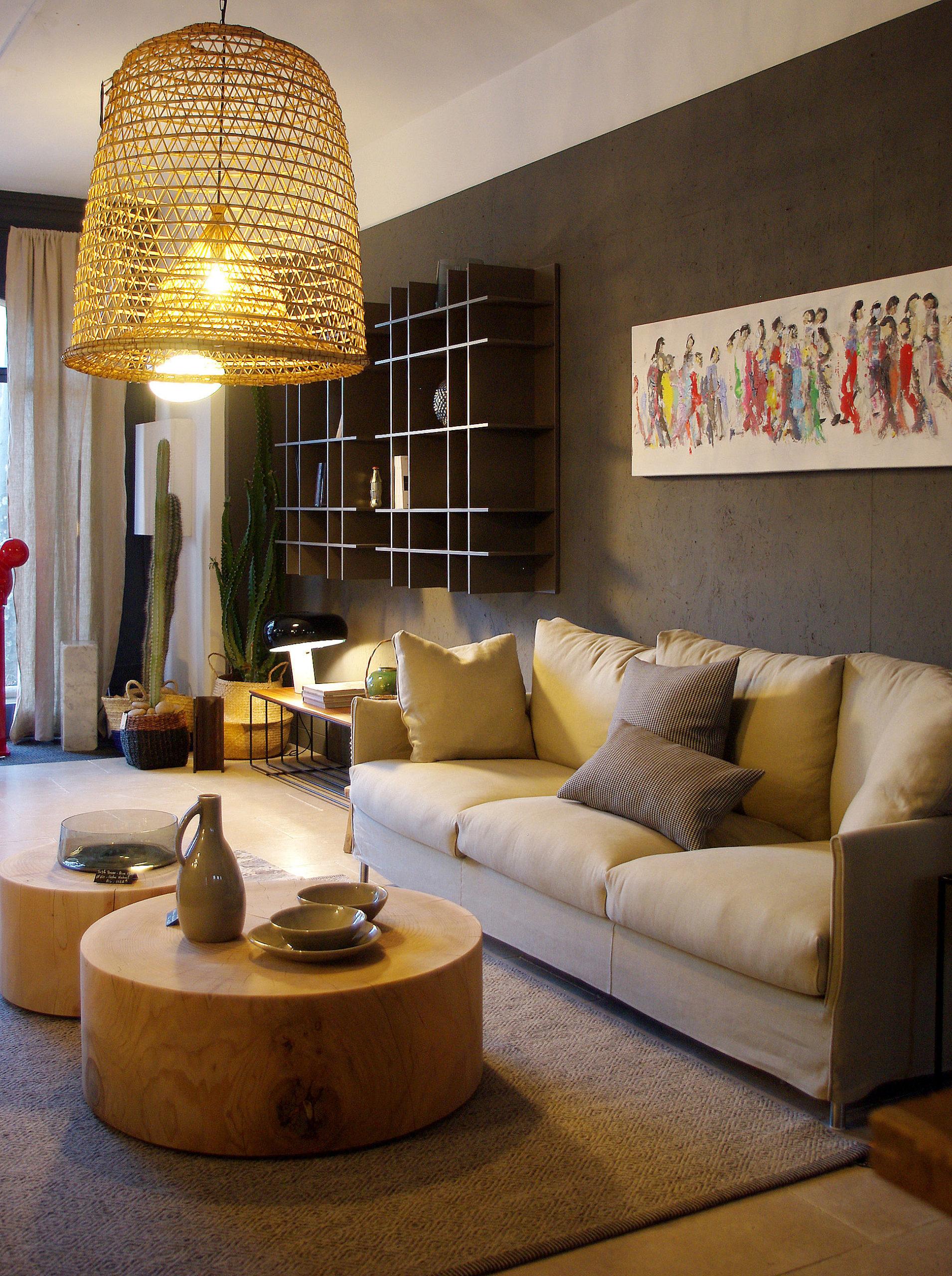 https://amelie-bouchez.fr/wp-content/uploads/2020/11/amelie-bouchez-showroom-decoration-stremydeprovence-2-scaled.jpg