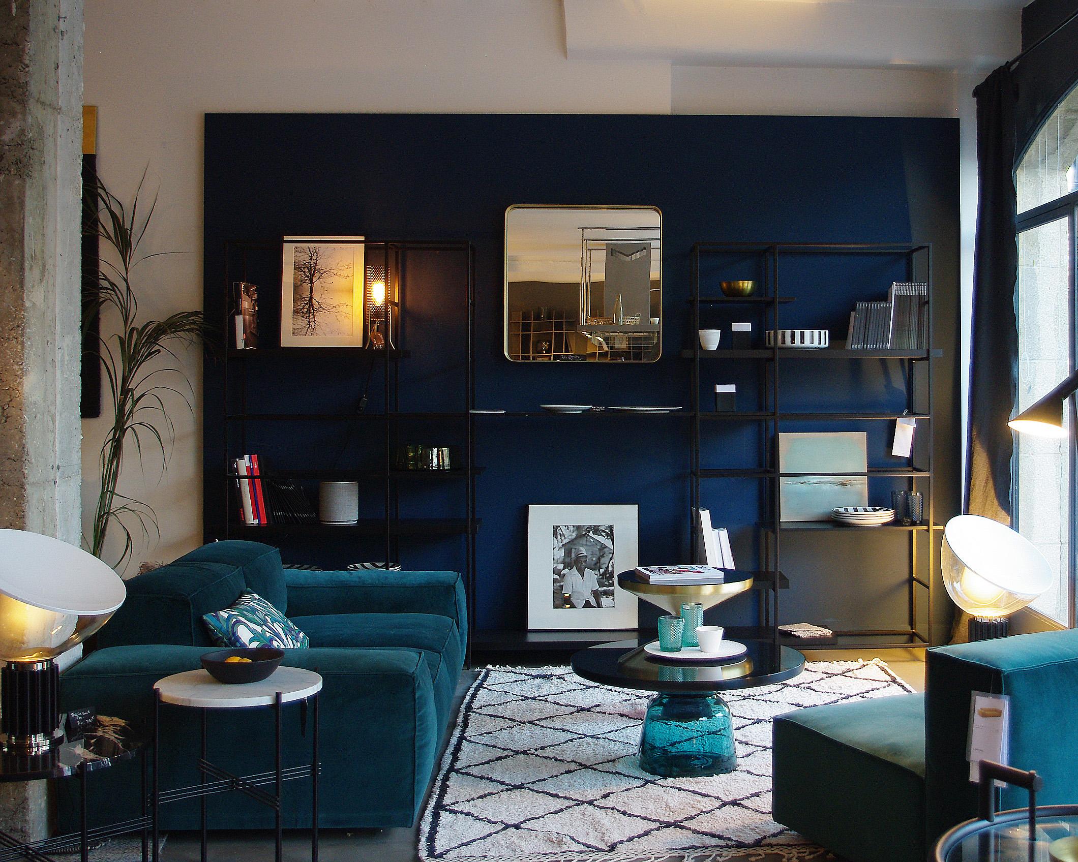 https://amelie-bouchez.fr/wp-content/uploads/2020/11/amelie-bouchez-showroom-decoration-stremydeprovence-5.jpg